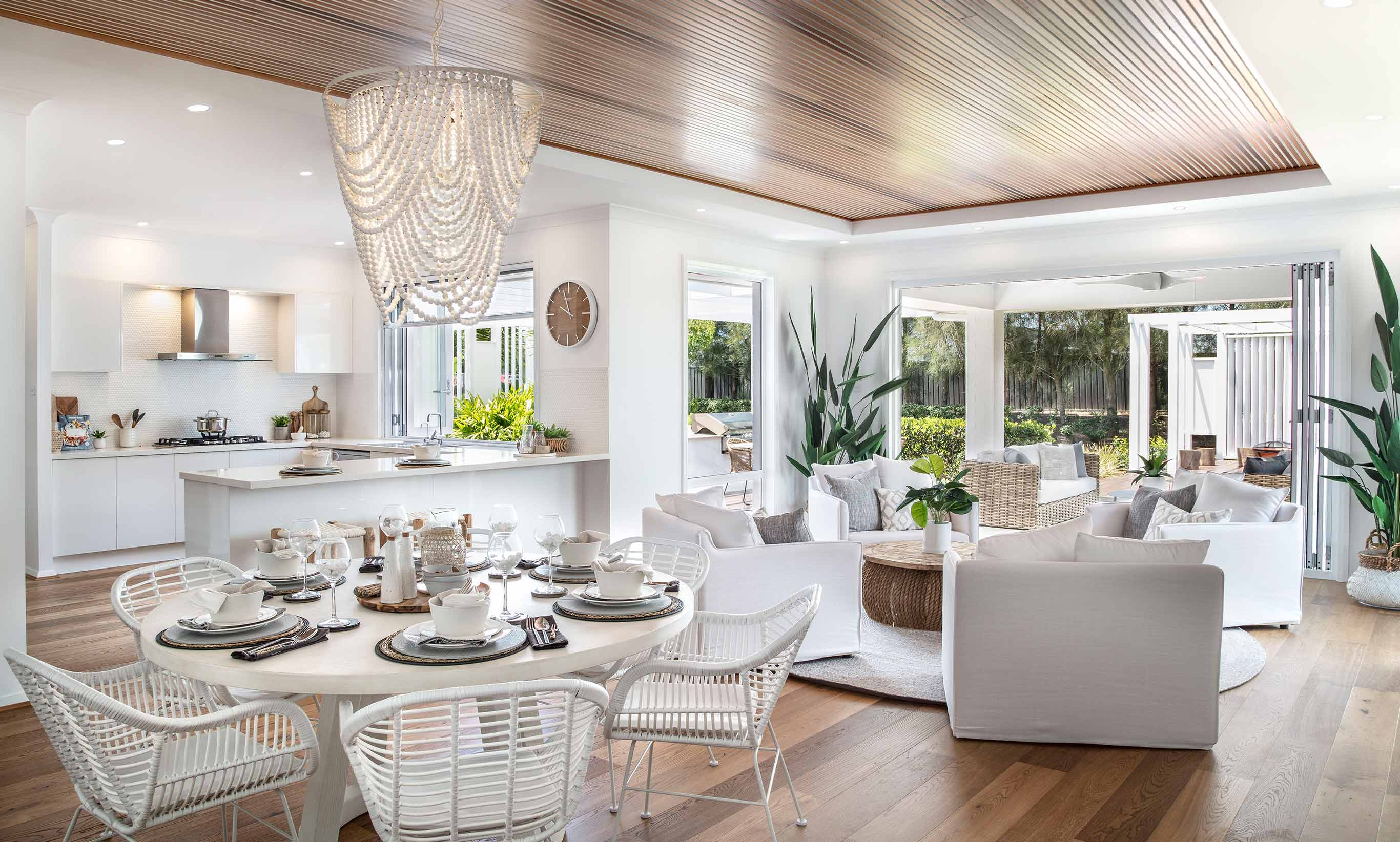 Bronte Executive Grand Manor One- Dining, Family/Living and Kitchen