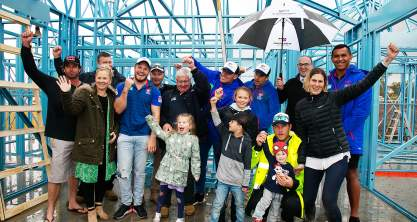 Newcastle Knights support the construction team at Build For A Cure
