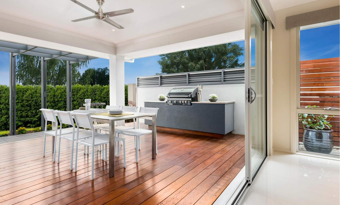 Alfresco, Santorini Display Home, Shell Cove - McDonald Jones