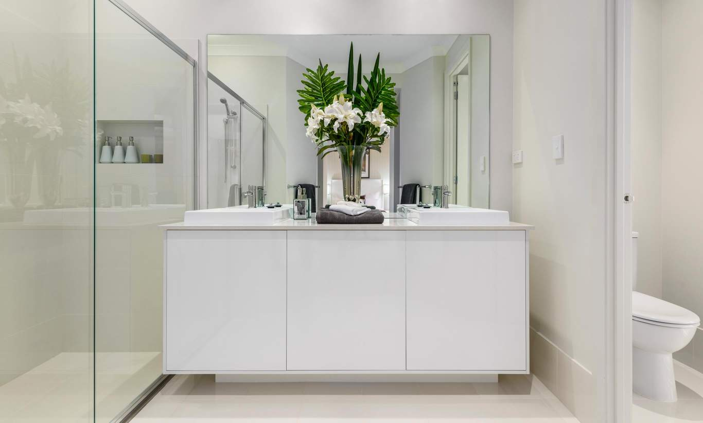 Ensuite, Santorini Display Home, Shell Cove - McDonald Jones