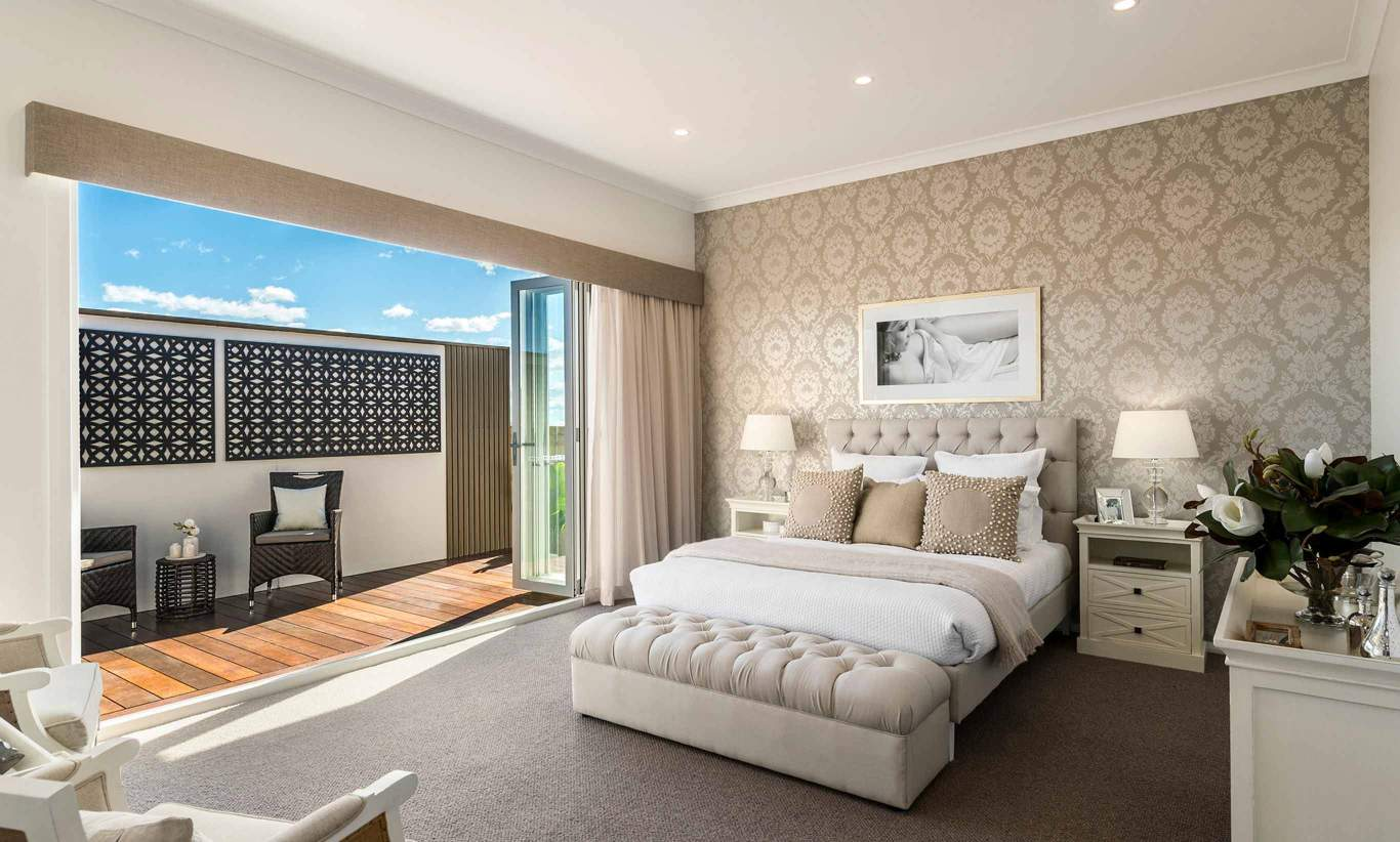San Marino Executive- Master Suite
